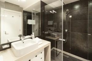 nyt badeværelse pris Lave nyt badeværelse   Hvad koster det? Hent tilbud og priser nyt badeværelse pris
